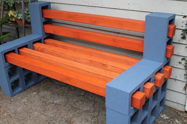 скамейка из бетона