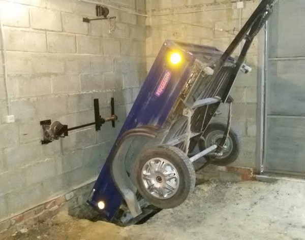 Изготавливаем пандус для установки прицепа в гараже
