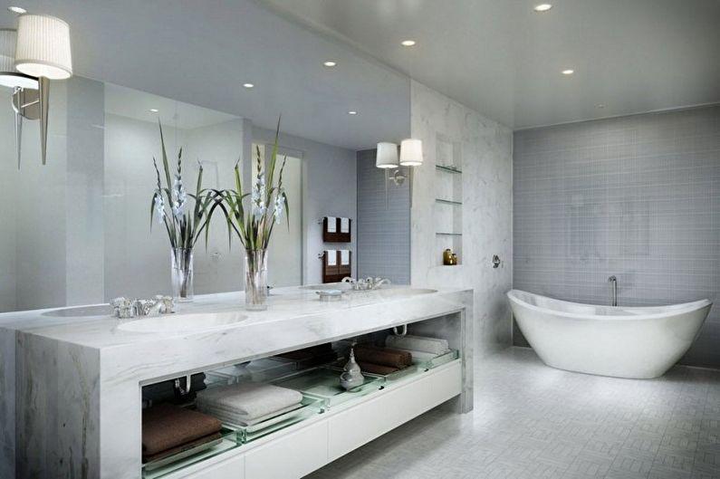 светлая ванна