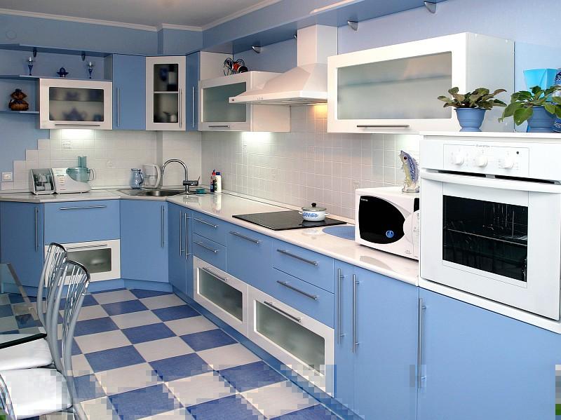 цвета для кухни голубой